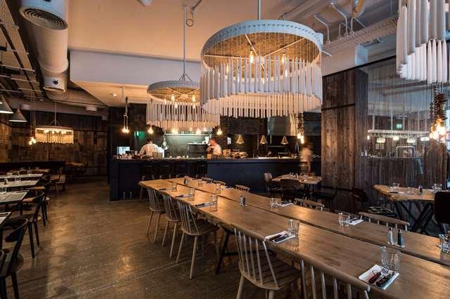 Restaurant review: OAKS
