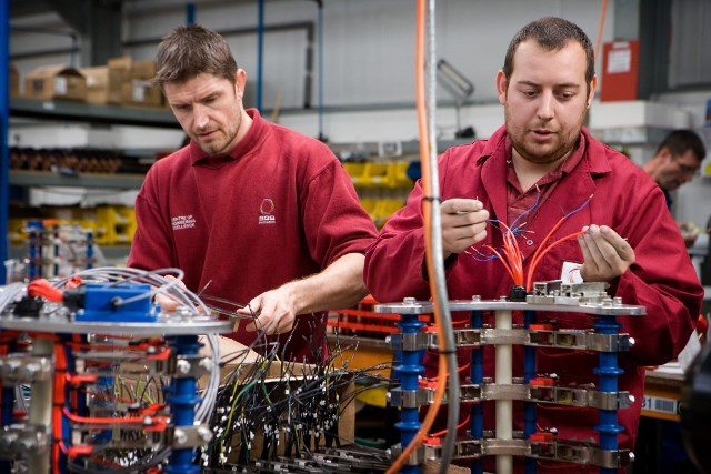 Manufacturing growth stalls as demand slows