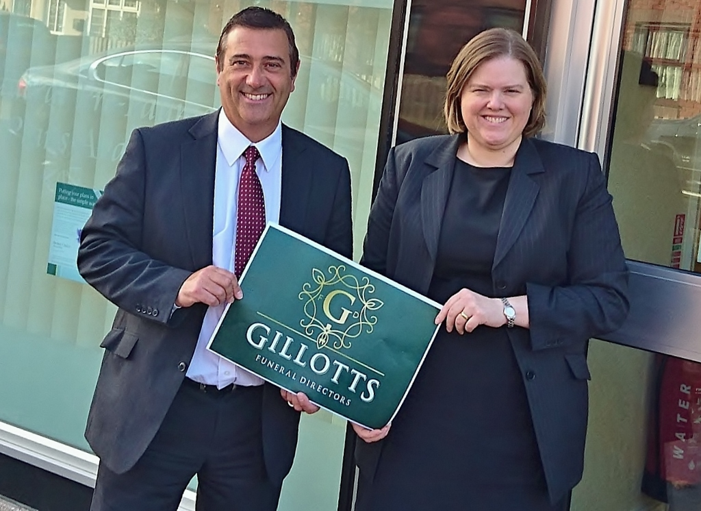 Nottinghamshire funeral firm puts on united front as it changes its name to Gillotts