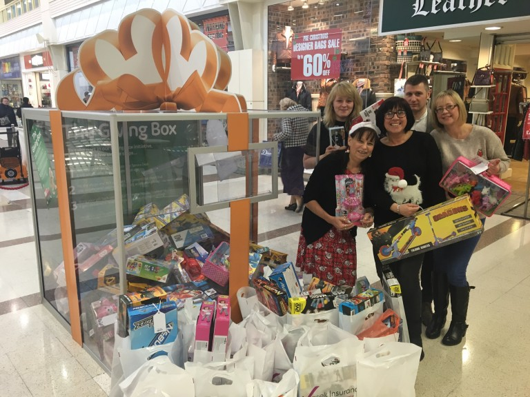 Nottingham business makes special delivery to intu's giving box