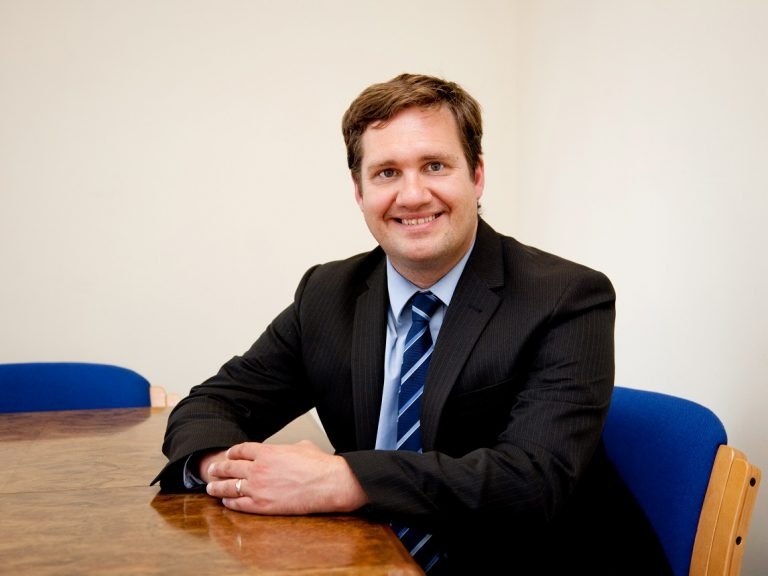 Solicitor switches firms and role from employment to commercial law
