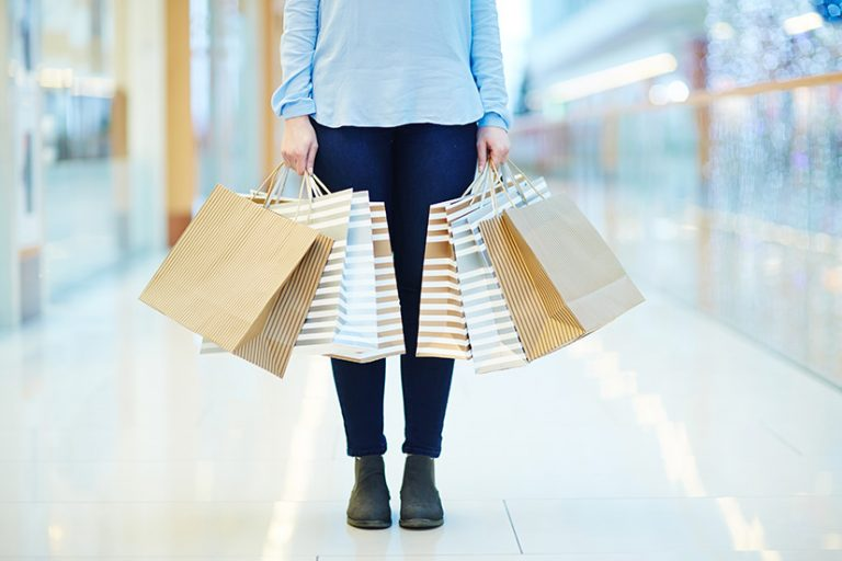 Retailers remain pessimistic over near-term outlook