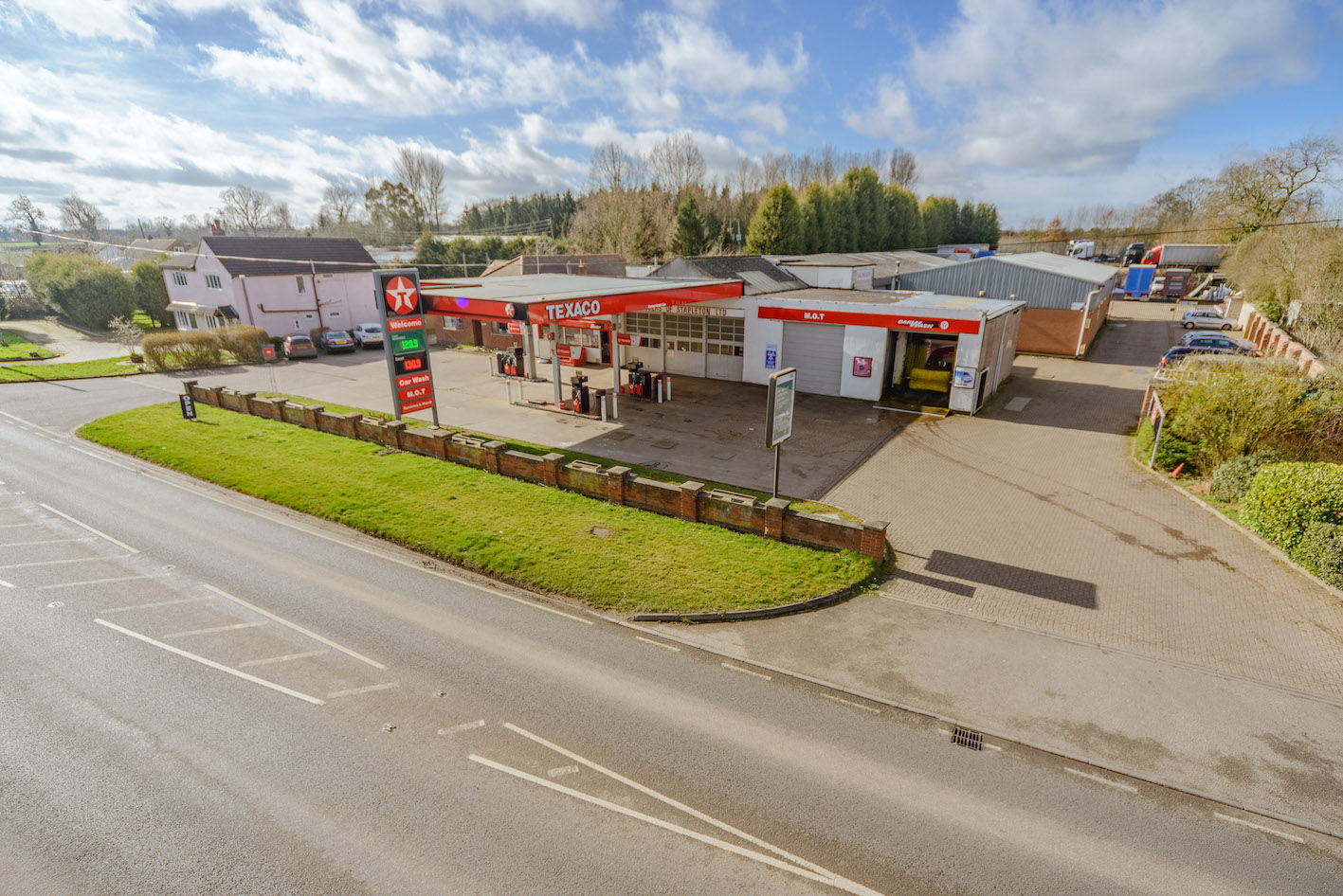 Leicestershire Service Station Sold In  U00a31 4m Deal